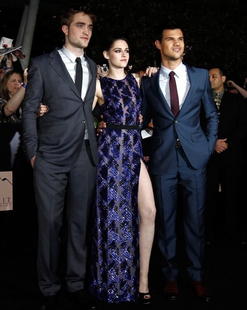 Aquí los tres protagonistas: Robert Pattinson, Kristen Stewart y Taylor Lautner.