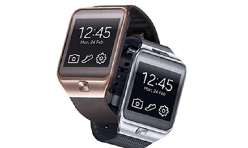 El reloj inteligente Gear Fit de Samsung registra el progreso de tu actividad física diaria. (Foto: tomada de Facebook/SamsungMobile)