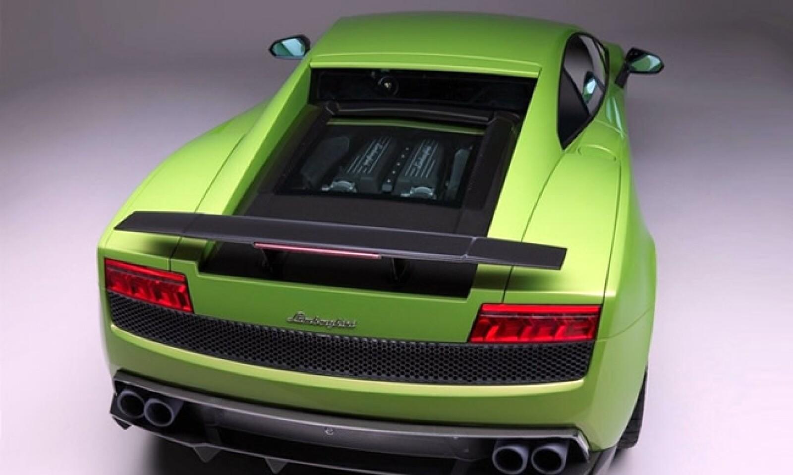Todas las modificaciones exteriores están dirigidas a los efectos de aumentar su aerodinámica.