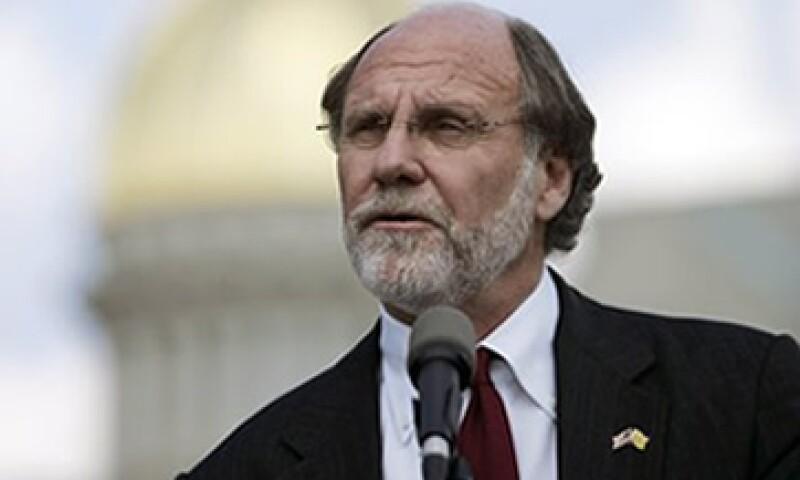 Corzine no pedirá una indemnización por su salida, dijo la compañía. Tenía estipulado un pago de 9 mdd si se le despedía sin motivo. (Foto: AP)