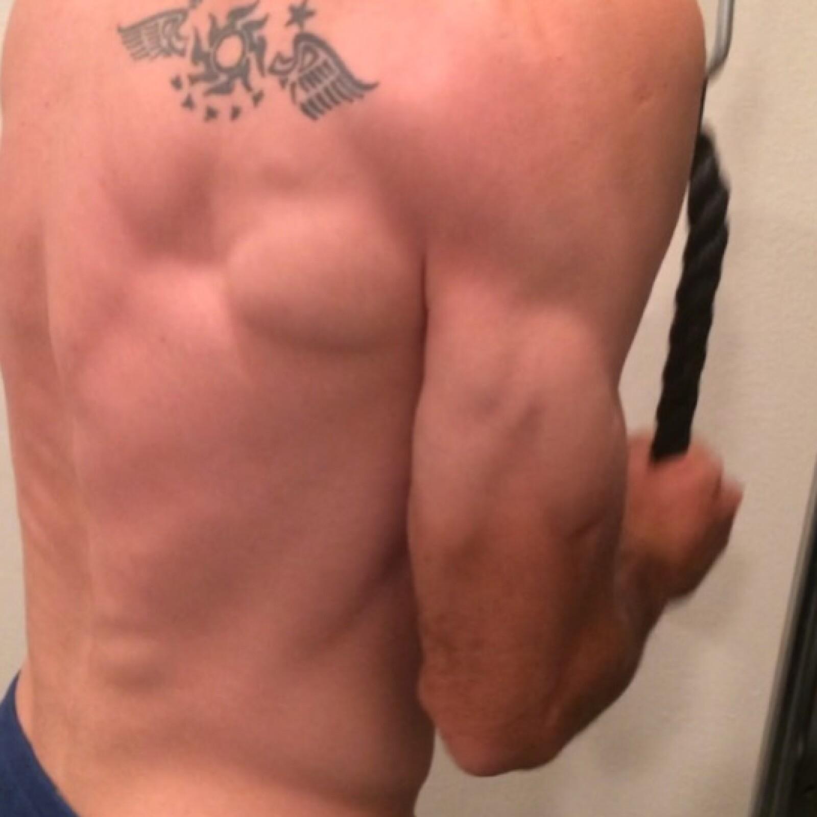 El veracruzano ha demostrado tener un gran físico que le debe al ejercicio.