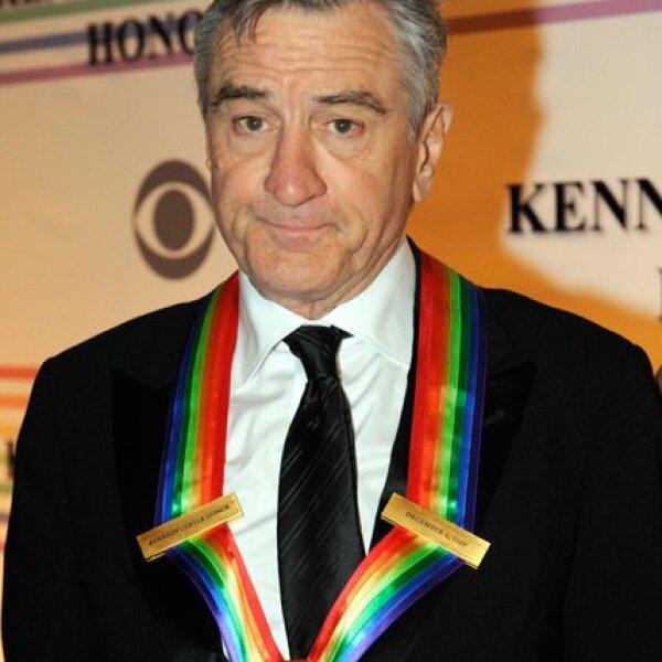 Robert De Niro también recibió el mayor reconocimiento de la nación a quienes han definido la cultura estadounidense a través de las artes.