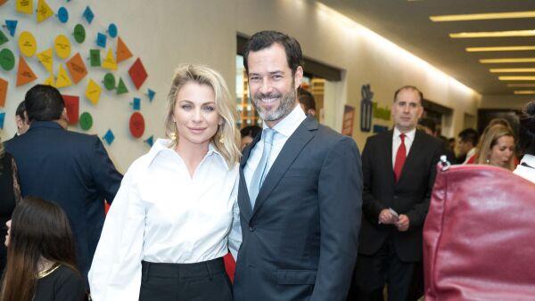Ludwika Paleta y Emiliano Salinas