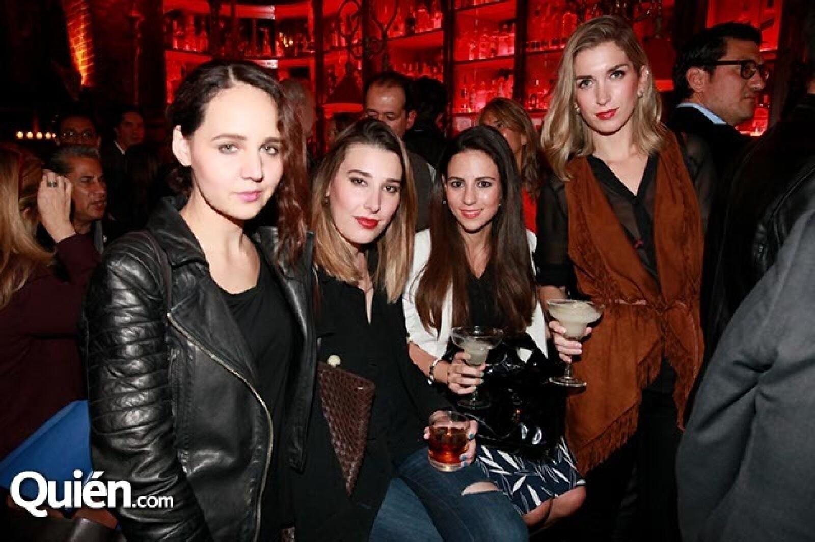 Ana Uribe,Marioly Torres,Daniela Díaz y Paola Sierra