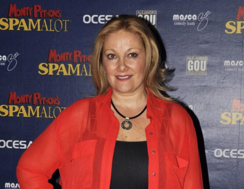 El nuevo disco de la cantautora pretende llegar a las fibras de las personas; incluye un dueto con César Rodríguez.