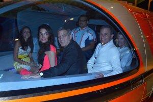 Hace poco se llevó a cabo la premiere de la película Tomorrowland en Disney, y George Clooney y su esposa Amal estuvieron presentes con la sobrina de ella.