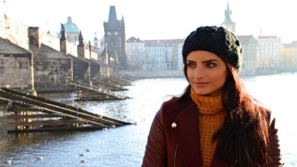 Para su última película, la actriz enfrentó un particular reto, pues al filmar todas sus escenas en Praga tuvo que estudiar el idioma, para lo cual se valió de un coach y mucho tiempo de lectura.