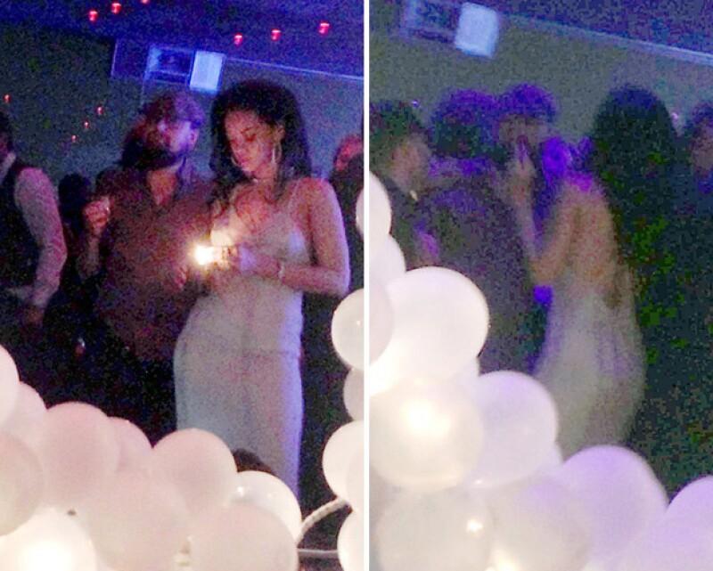 Ante fuertes rumores de un romance entre ellos, aparece una imagen de la cantante y el actor disfrutando juntos de la lujosa fiesta de cumpleaños de la barbadense.