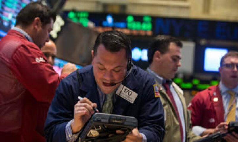 El Dow Jones baja 0.01% al inicio de la jornada. (Foto: Reuters)
