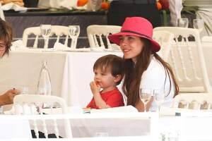 Carlota ha sido una mamá presente, siempre la vemos acompañada por el pequeño Raphael.
