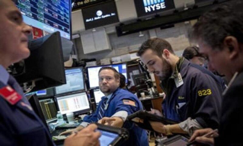 El Dow Jones ganó 1.76% este martes mientras que la Bolsa mexicana avanzó 1.52%. (Foto: Reuters )