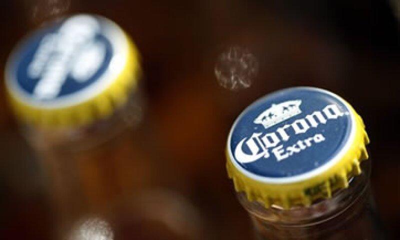 Grupo Modelo tiene alrededor de 57% del mercado de cerveza en México a través de sus diferentes marcas. (Foto: AP)