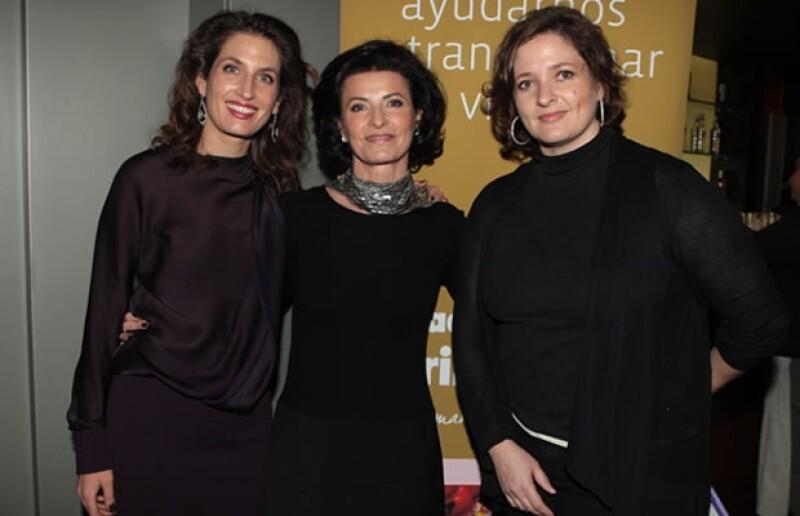 Paola Gozález, Gaby Vargas y Marisa Fernández.