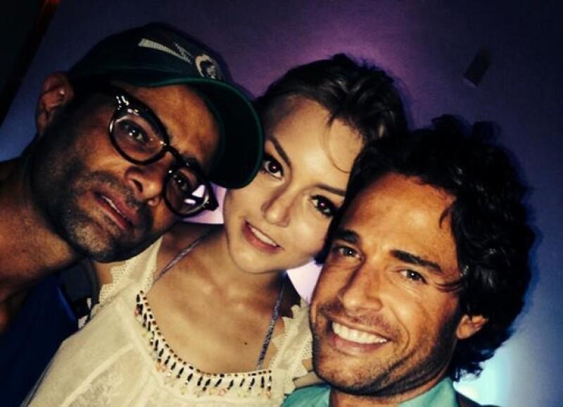 Angelique junto a Sebastián Rulli y Luis Roberto Guzmán.