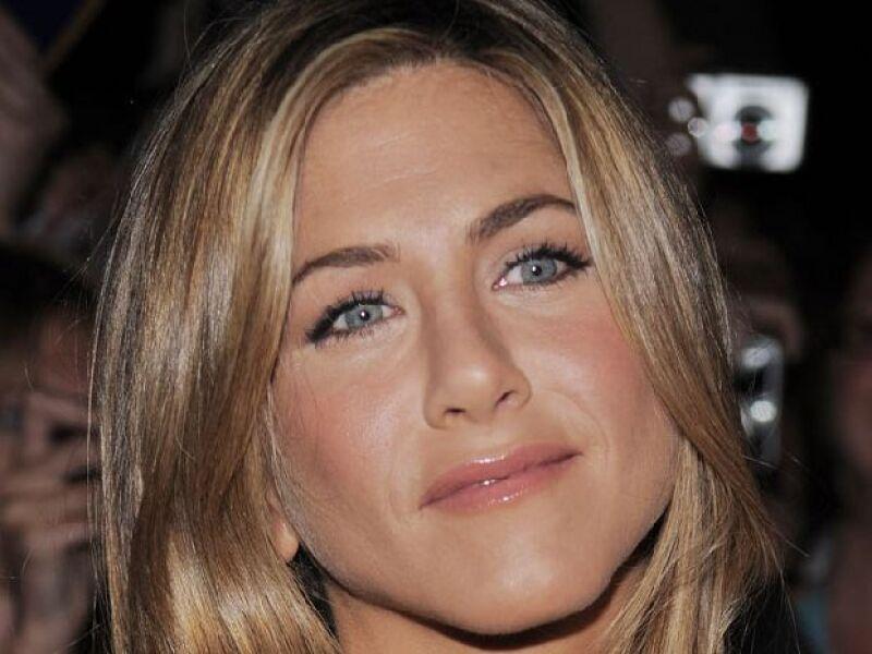 Este 11 de febrero Aniston deja los 30 atrás y se pasa al club de los 40.