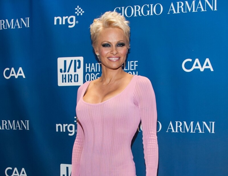 Pamela Anderson fue infectada con hepatitis C.