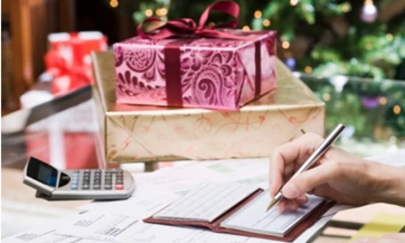 Anticipar la distribución del aguinaldo y destinar una parte al ahorro, es una buena forma de iniciar el Año Nuevo. (Foto: Thinkstock)
