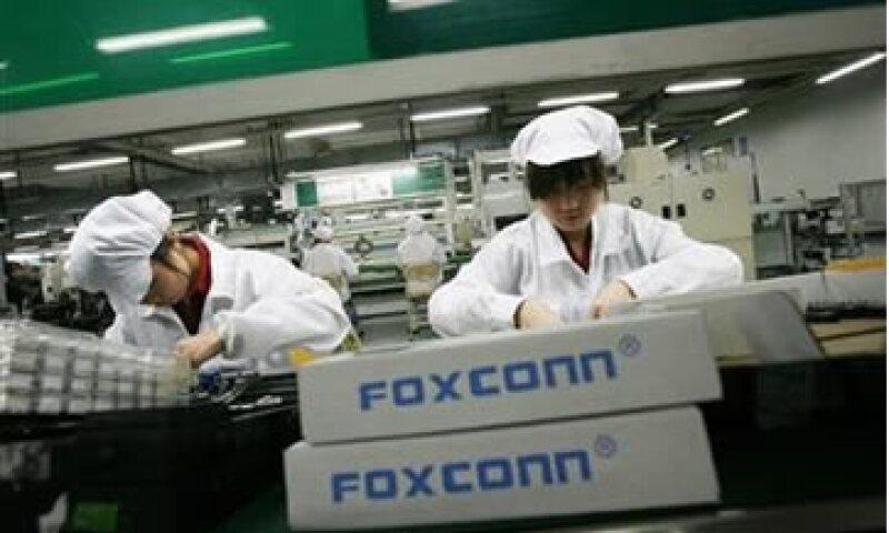 Foxconn da empleo a unos 1.2 millones de trabajadores, un millón de los cuales están en China continental. (Foto: Reuters)