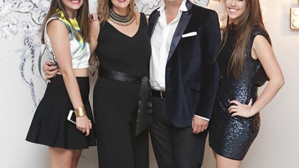 María José Pérez Arizti,Ana Laura Llerena,José Domingo y Ana Paola Pérez Arizti