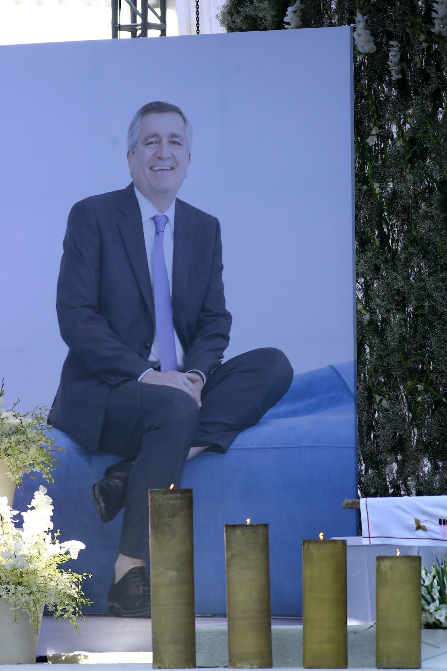 Mass In Memory Of Jorge Vergara
