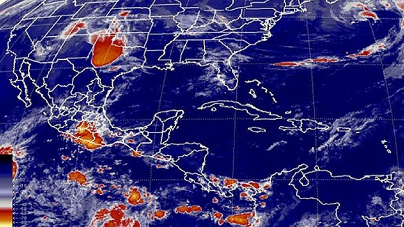 Huracan Pacifico nubosidad