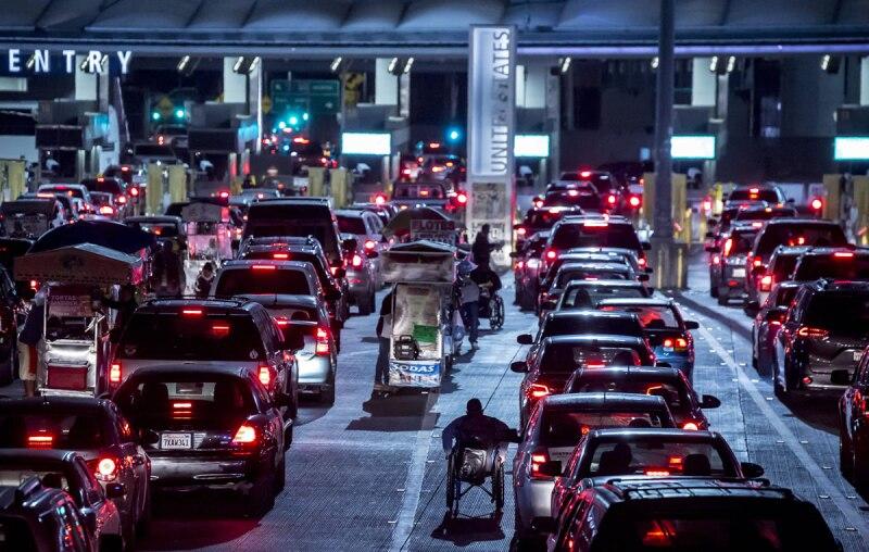 Cruce - fronterizo - Tijuana