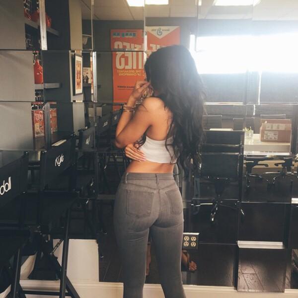 Hace unas semanas Kylie publicó esta sensual back selfie.