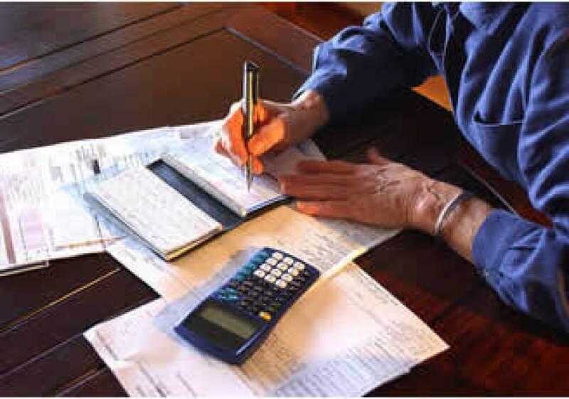 En México, 9.6% de la deuda de tarjeta de crédito ya estaba en cartera vencida en septiembre. (Foto: Jupiter Images)