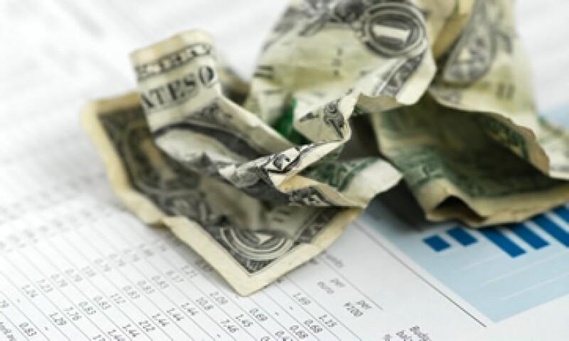 El peso va en camino de tener mayor fortaleza respecto al dólar, pero enfrentará riesgos. (Foto: Thinkstock.)
