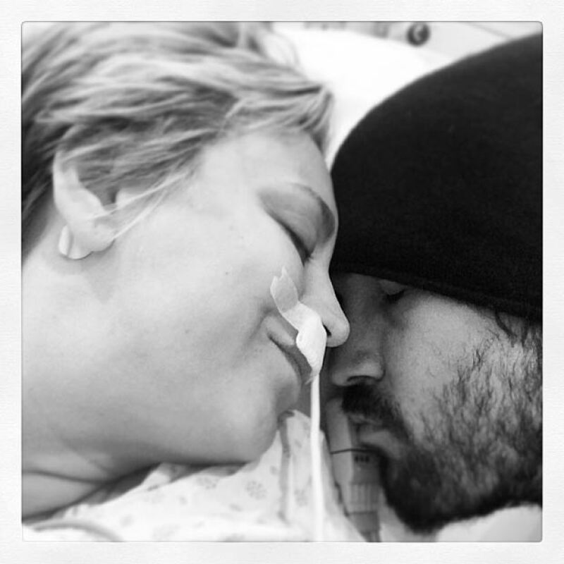 Hace un año Kaley se casó y ahora se recupera de sus operaciones al lado de su amoroso esposo.