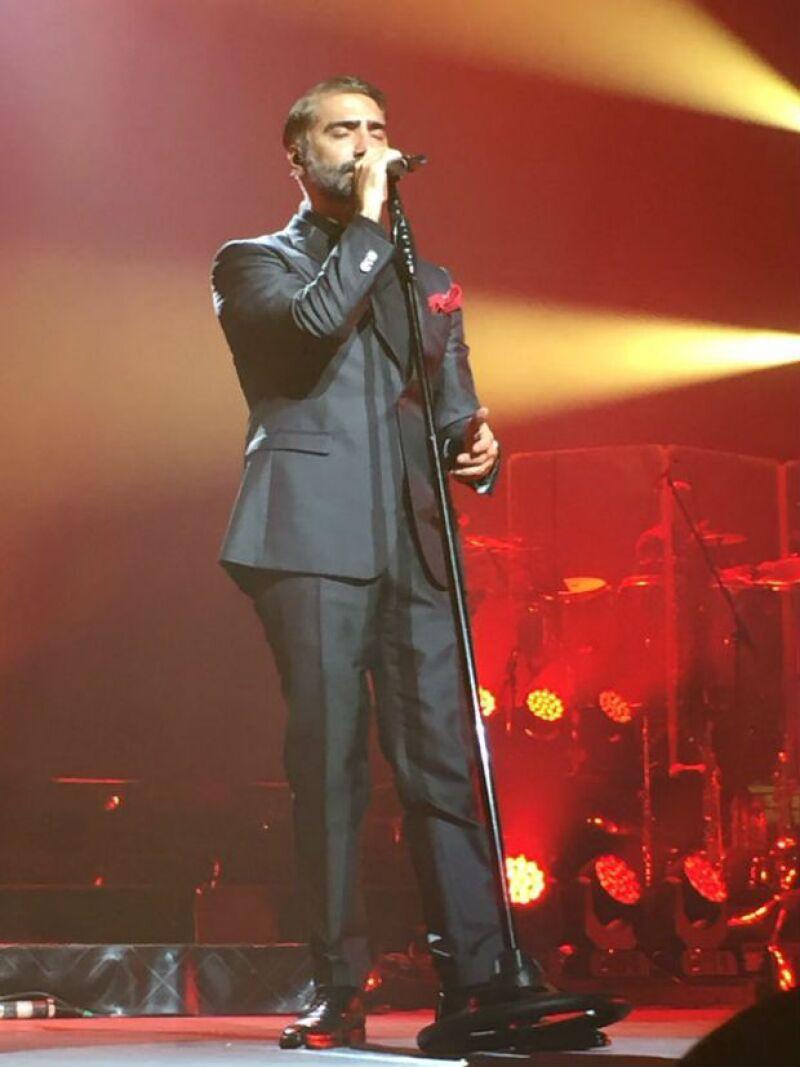 El cantante es candidato para cantar ante el Papa Francisco en su próxima visita a México, aseguran medios de circulación nacional.