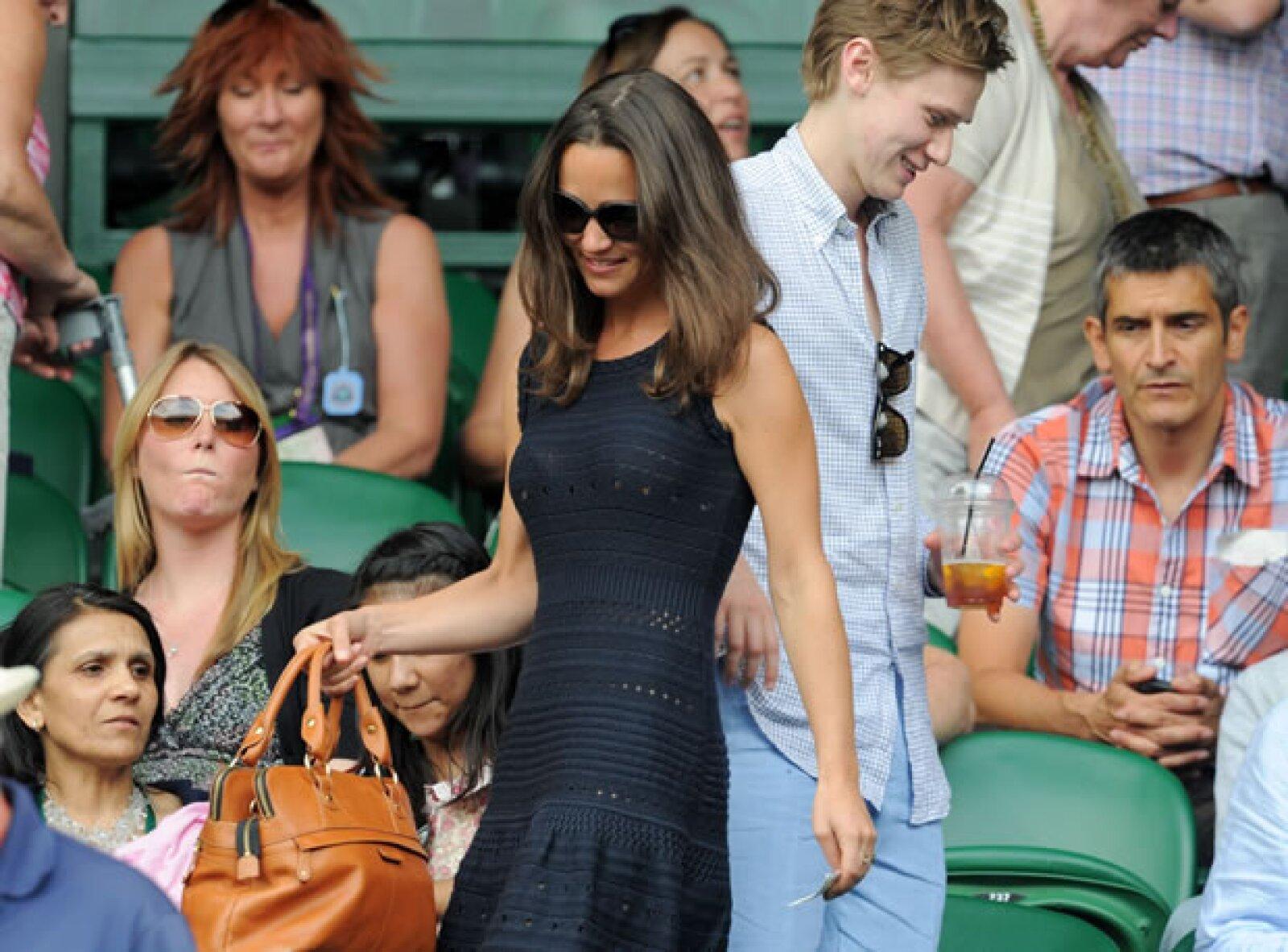 En 2011 para el partido entre Rafael Nada contra Andy Murray vistió un vestido azul marino que destacó su figura.