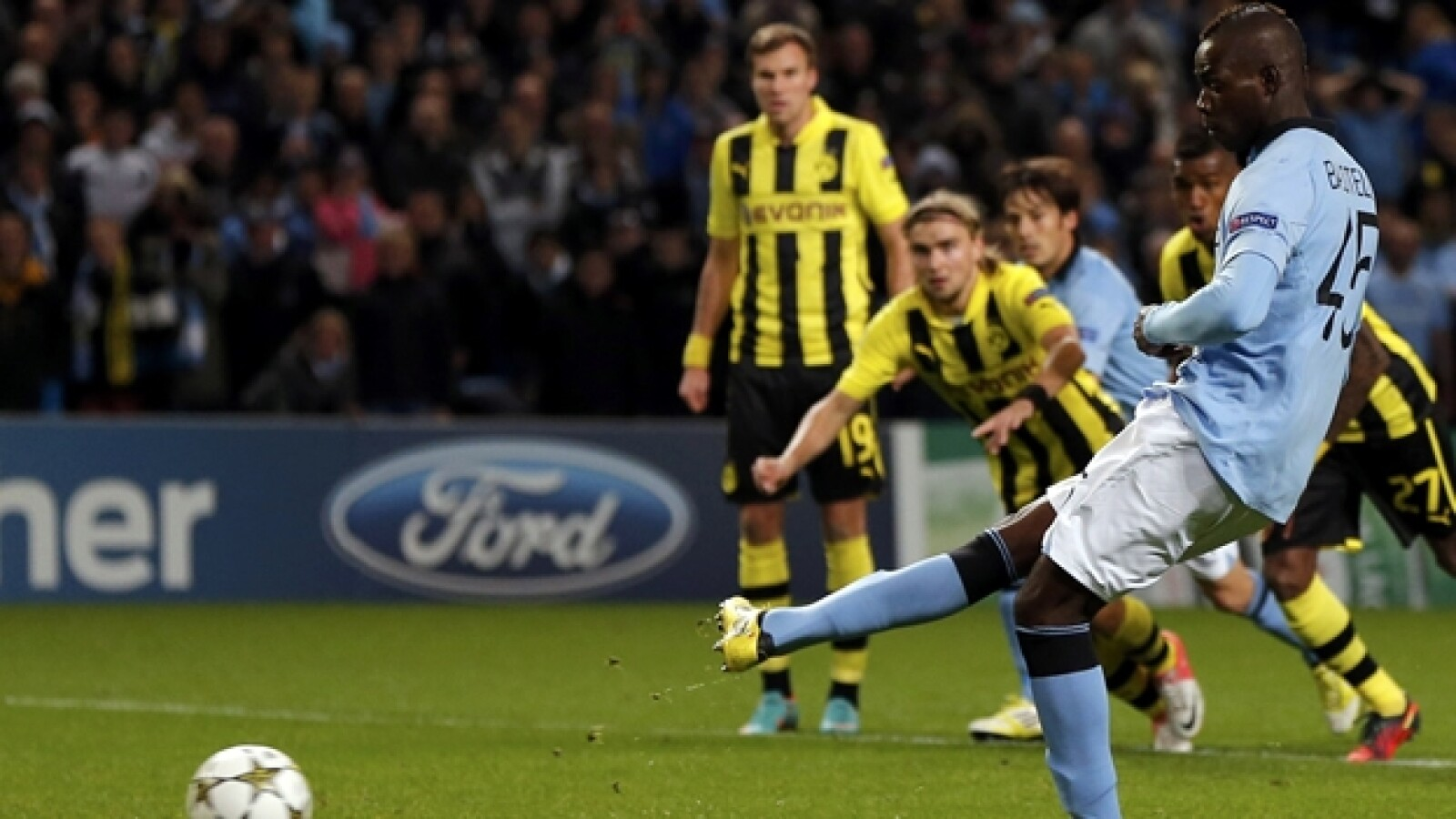 manchester city champions  Borussia Dortmund