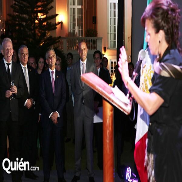 Jean Paul Gaultier,Miguel Torruco,Miguel Ángel Mancera,Manuel Rivera,Elisabeth Beton