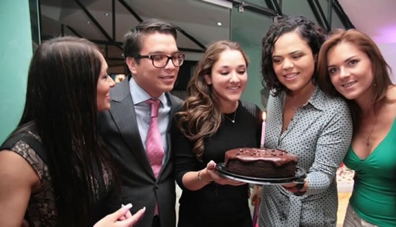Crisel, Gerardo Islas, Sherlyn, Mariana Gomez del Campo, Soraida Gómez.