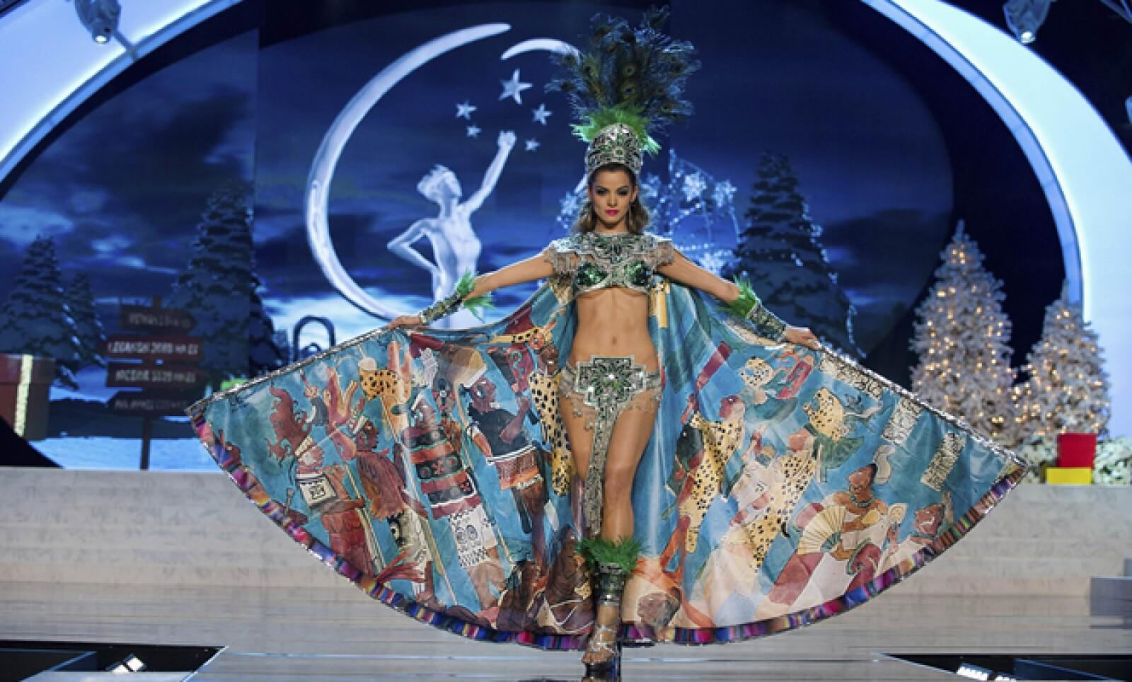 La belleza latina siempre está presente. Miss Guatemala, Laura Godoy, en la pasarela.