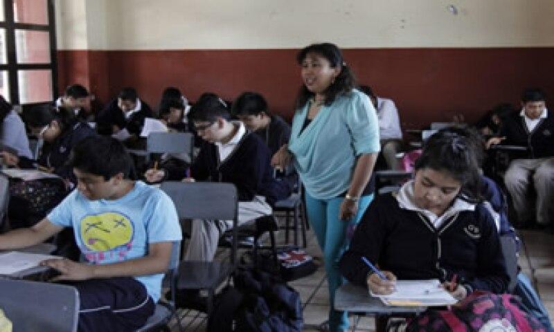 Las organizaciones acusan al Gobierno de dar marcha atrás a los avances logrados en eduación.  (Foto: Cuartoscuro )