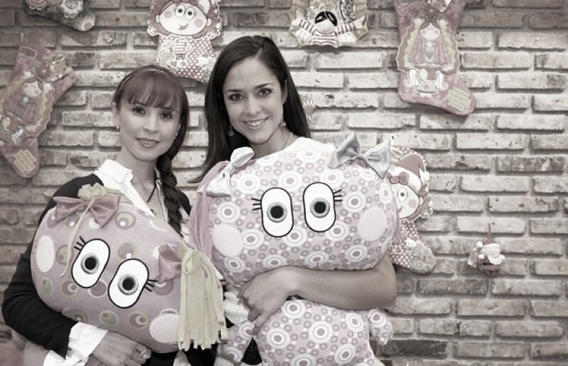 Andrea Torre y Dafne Molina se divirtieron como niñas.