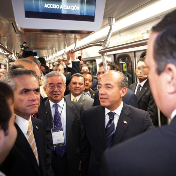 Calderón Metro.