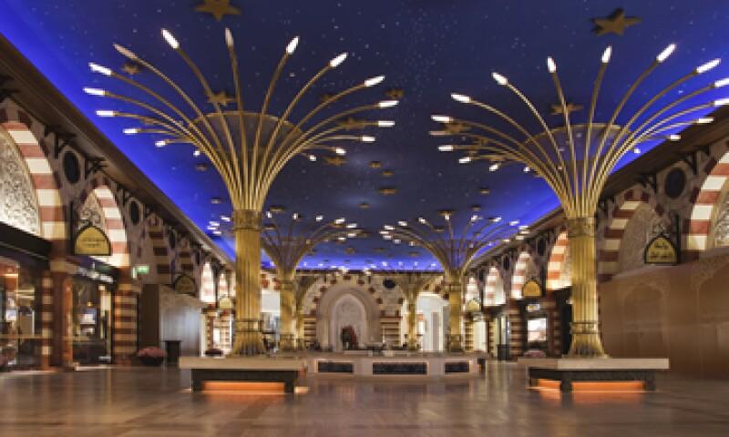 El Dubai Mall tiene 1,200 tiendas y 54 hectáreas de espacio comercial. (Foto: Getty Images)
