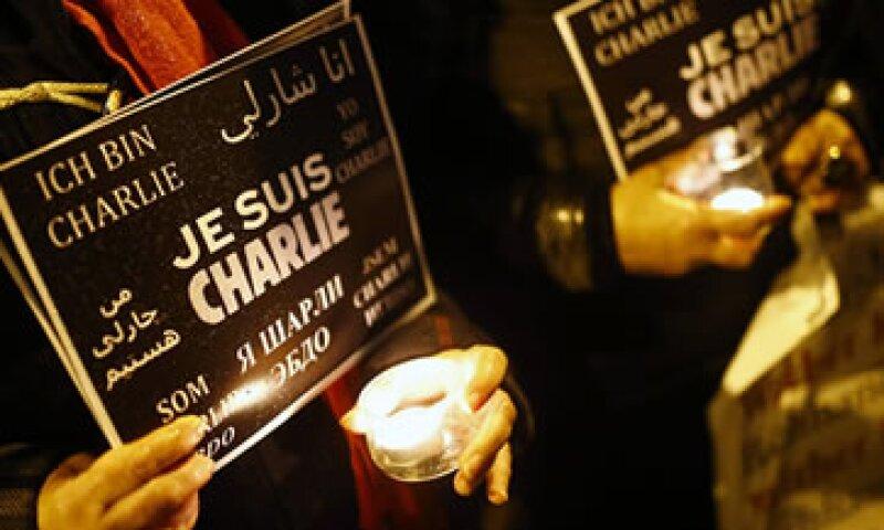 Alrededor del mundo se llevan a cabo diversas protestas contra el atentado a la revista. (Foto: Reuters )