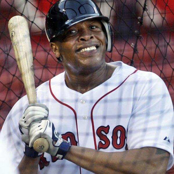 El rapero y productor Dr. Dre no se pierde los juegos de sus Red Sox.