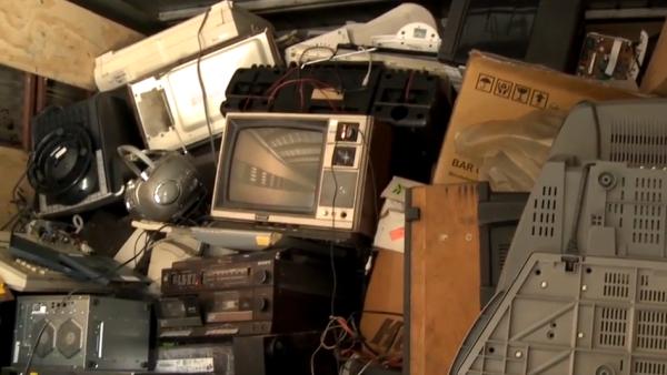 Cómo desechar los aparatos eléctricos y electrónicos
