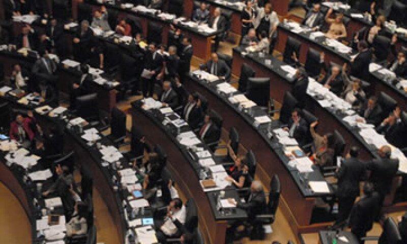El Senado tiene hasta el próximo 31 de octubre para aprobar la reforma. (Foto: Notimex)