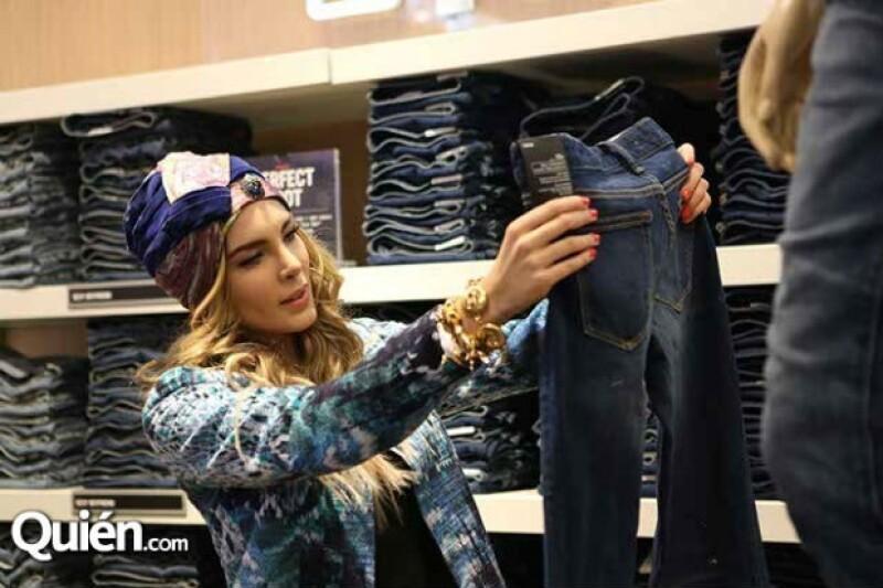 Belinda pudo elegir algunas de sus prendas favoritas.