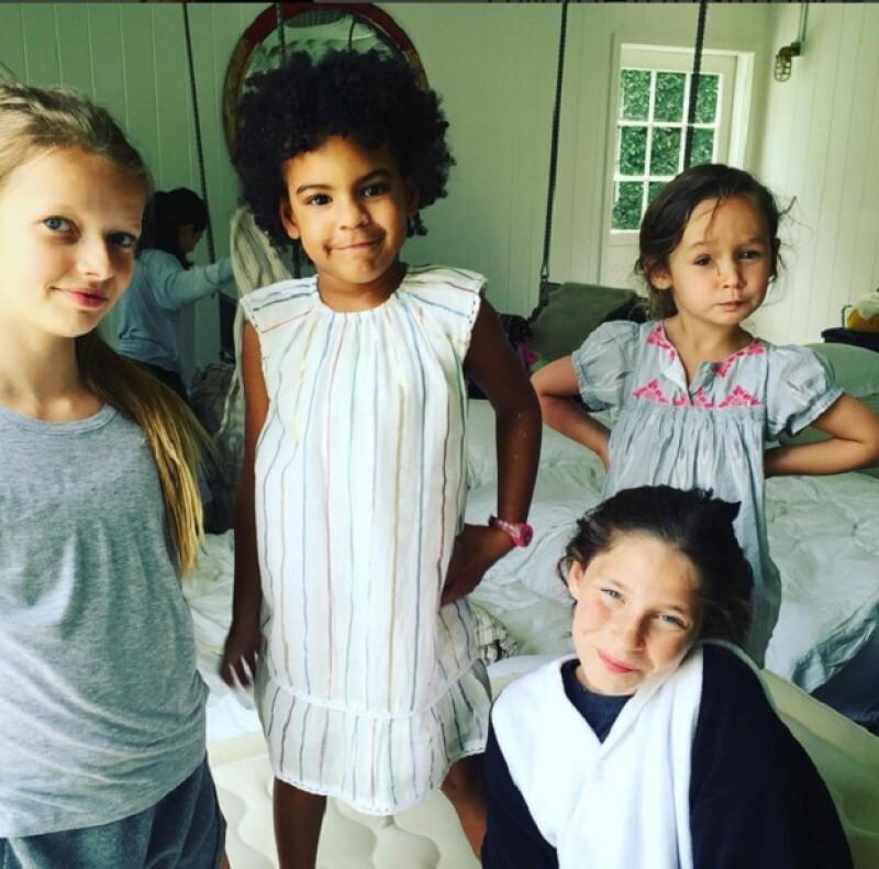 Godsisters y besties! A la fiesta de Apple Martin asistió ni más ni menos que su mejor amiga, la hija de Beyoncé y Jay-Z.