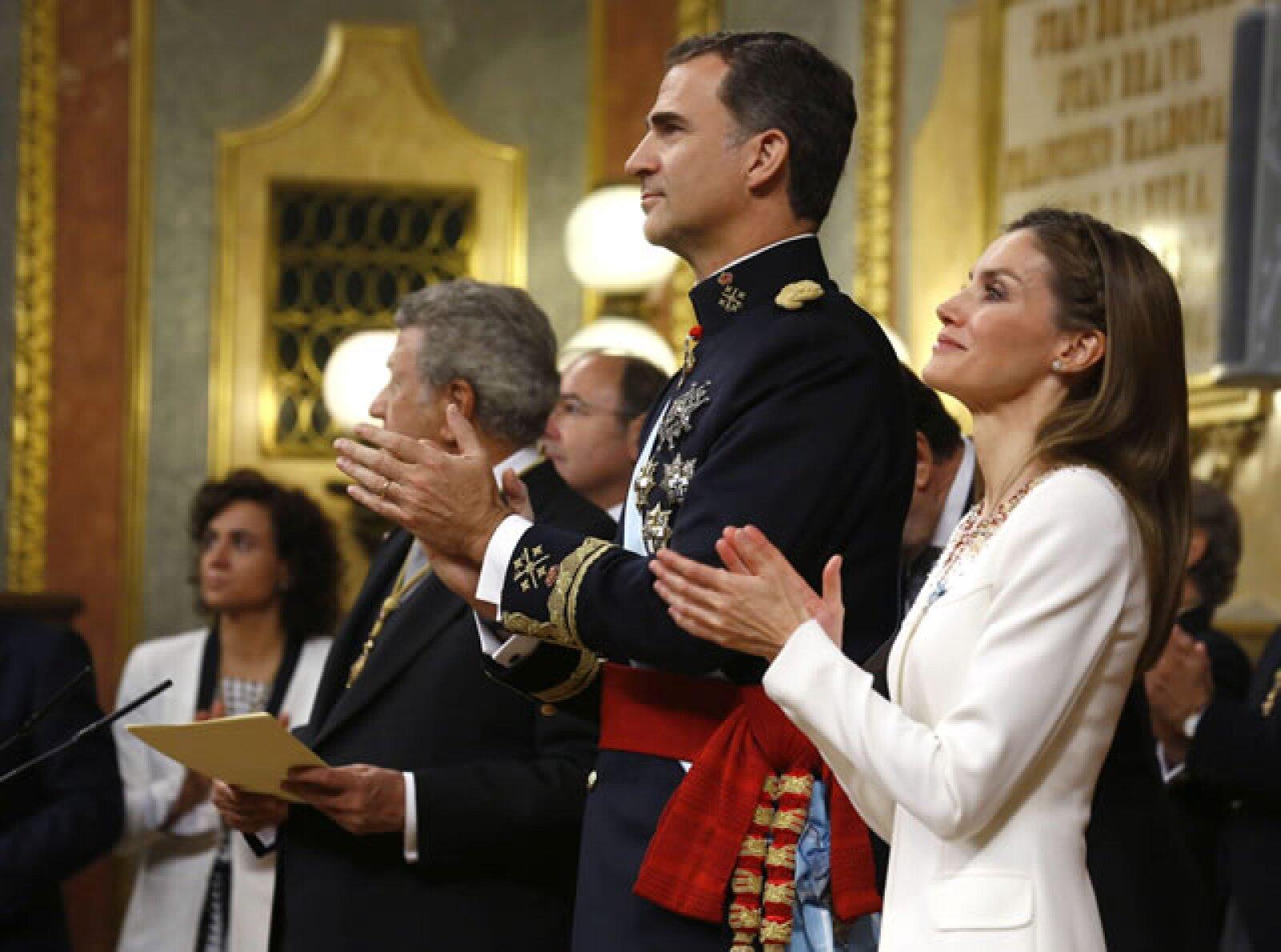 También se ovacionó a Doña Sofía.