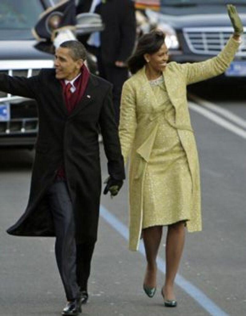 La primera dama ha sido considerada como un nuevo icono de estilo estadounidense, aunque el vestido amarillo que lució en la toma de posesión de su esposo no fue del agrado de todos.