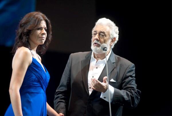 Plácido Domingo y Ana María Martínez