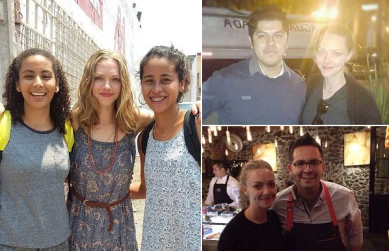 Durante su paso por nuestro país, la actriz ha accedido a tomarse fotos con los fans que la han reconocido.